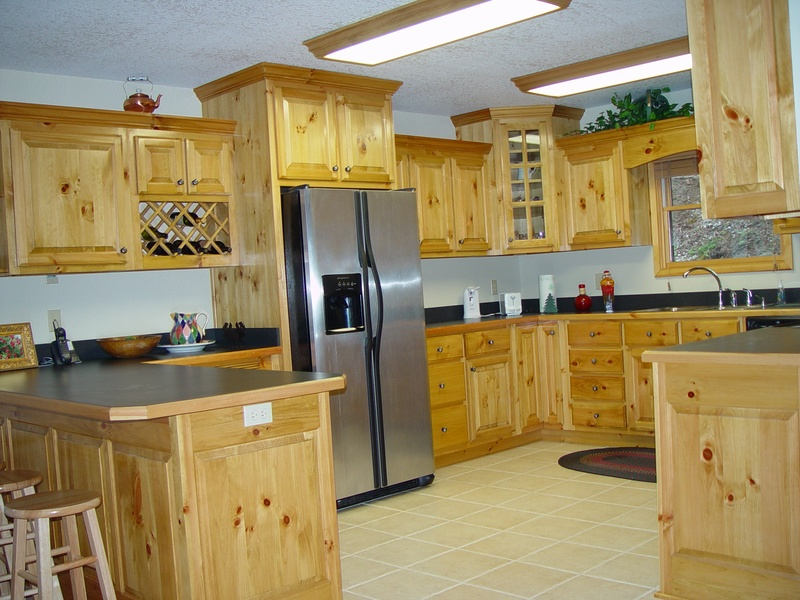 Knotty Pine Custom Made Kitchen Cabinets and Remodels